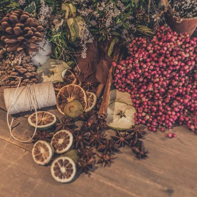 traditional christmas wreath making workshop